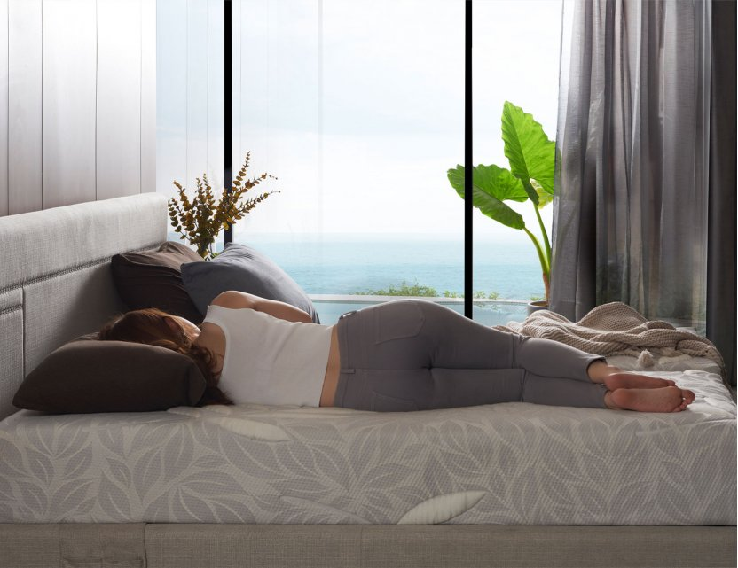 Float Adjustable Bed with Natura Mattress and USB Ports