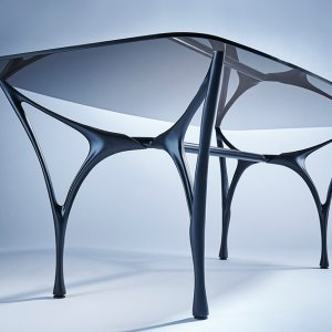 Essenza Glass Dining Table
