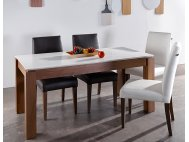 Max Quartz Top Dining Table with 4 Doric Chairs